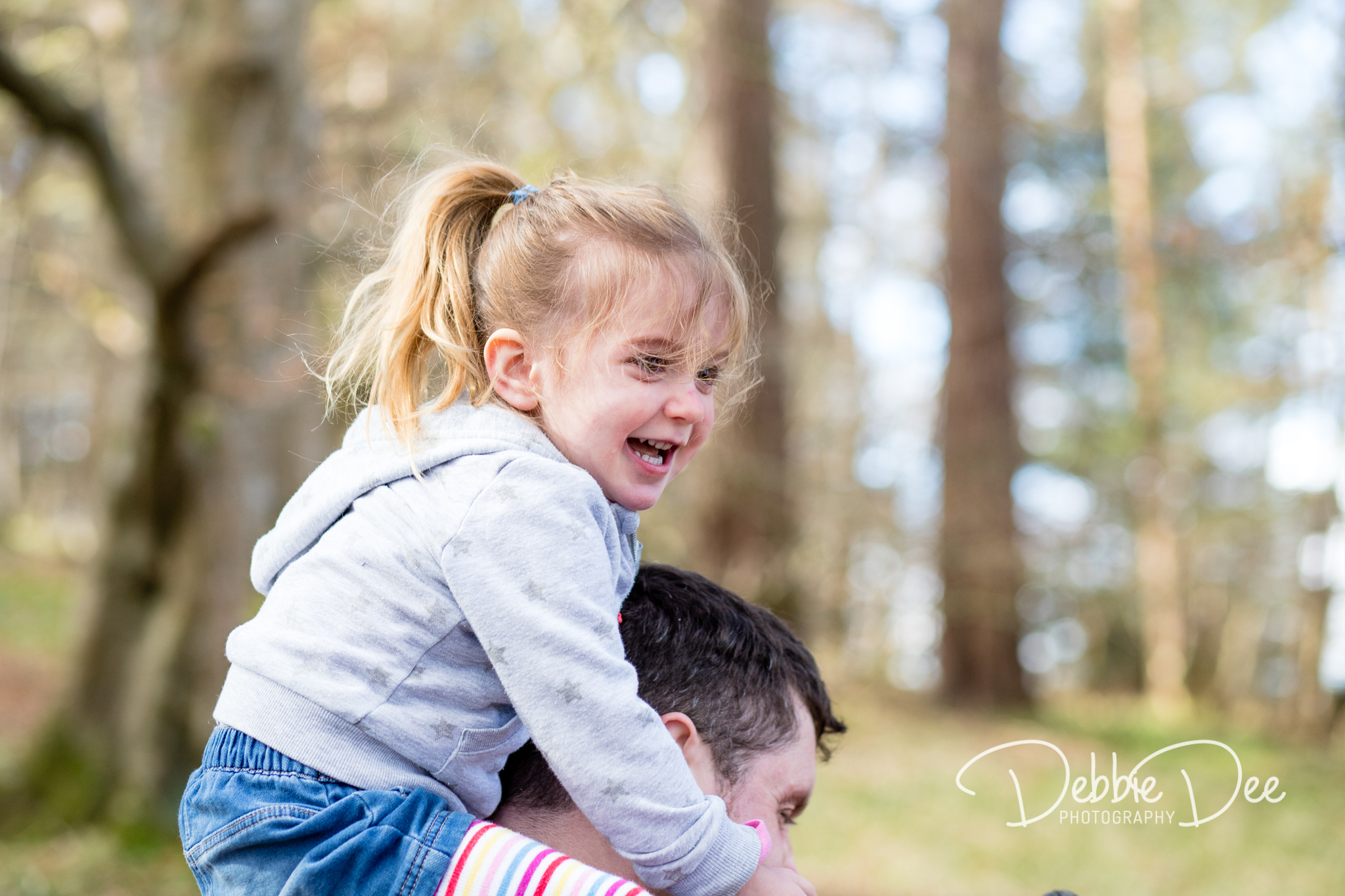 Aberdeenshire Family Maternity Photography Session little girl on dad's shoulders
