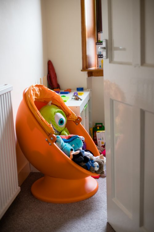 Aberdeenshire Family Photographer Debbie Dee Photography In-Home Lifestyle Photography - childs bedroom