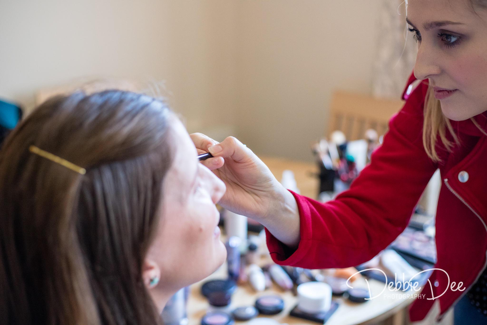 Aberdeenshire Maternity Photography Session - Make-up by Tiffany Dawson Make-Up Artistry - make up being applied