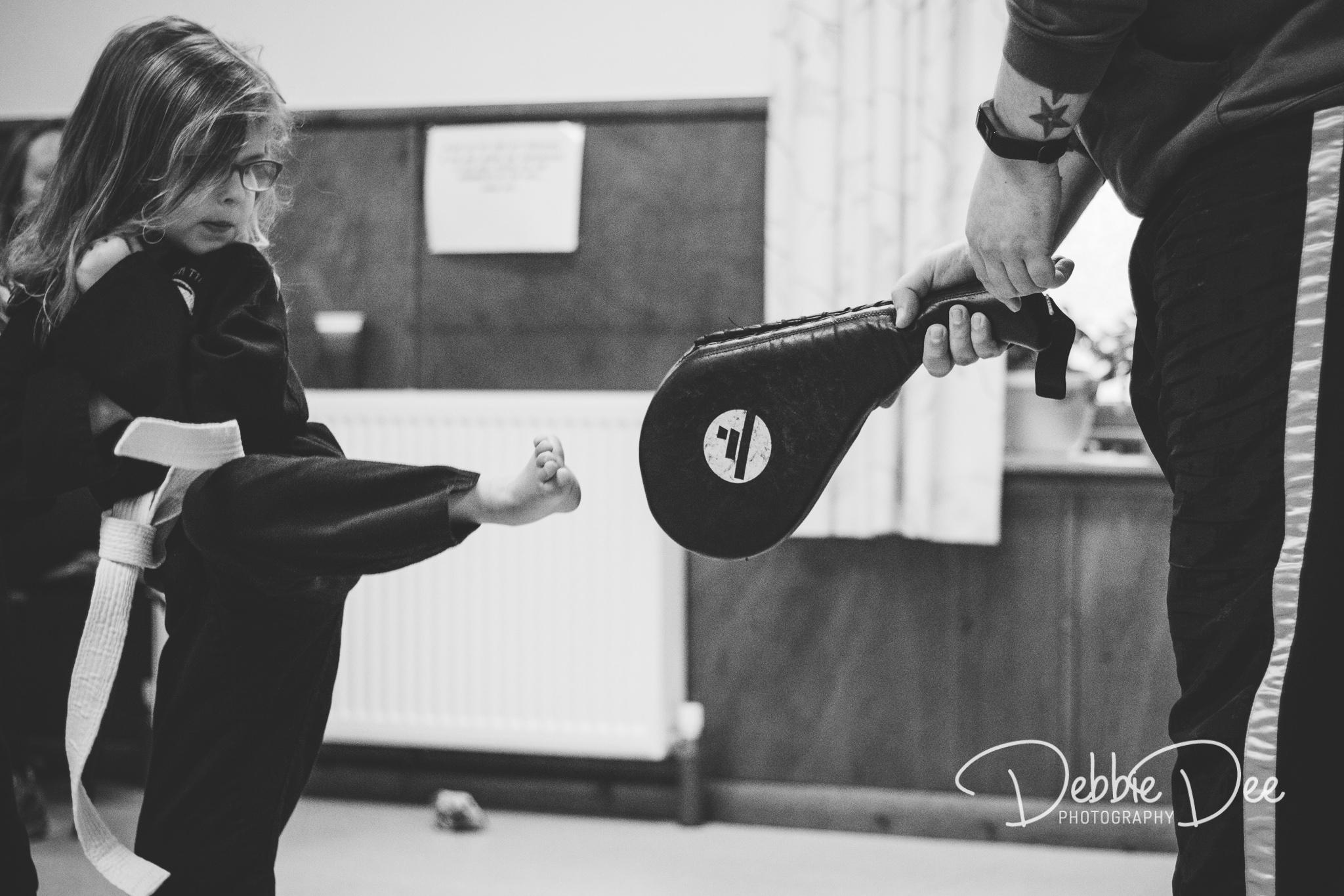 Kickboxing girl Eastern Tigers Martial Arts
