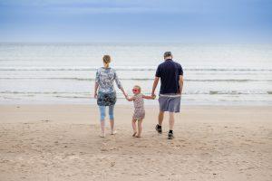 Family Photographer Aberdeenshire - Family photography aberdeenshire - Debbie Dee Photography - Lifestyle Family - Family on sandend beach