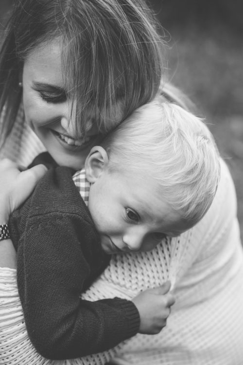 Family Photographer Aberdeenshire - Family photography aberdeenshire - Debbie Dee Photography - Lifestyle Family - mum hugging son