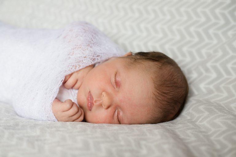 Newborn Photographer Aberdeenshire - Baby photography aberdeenshire - Debbie Dee Photography - Lifestyle newborn - in-home baby photos - baby portrait