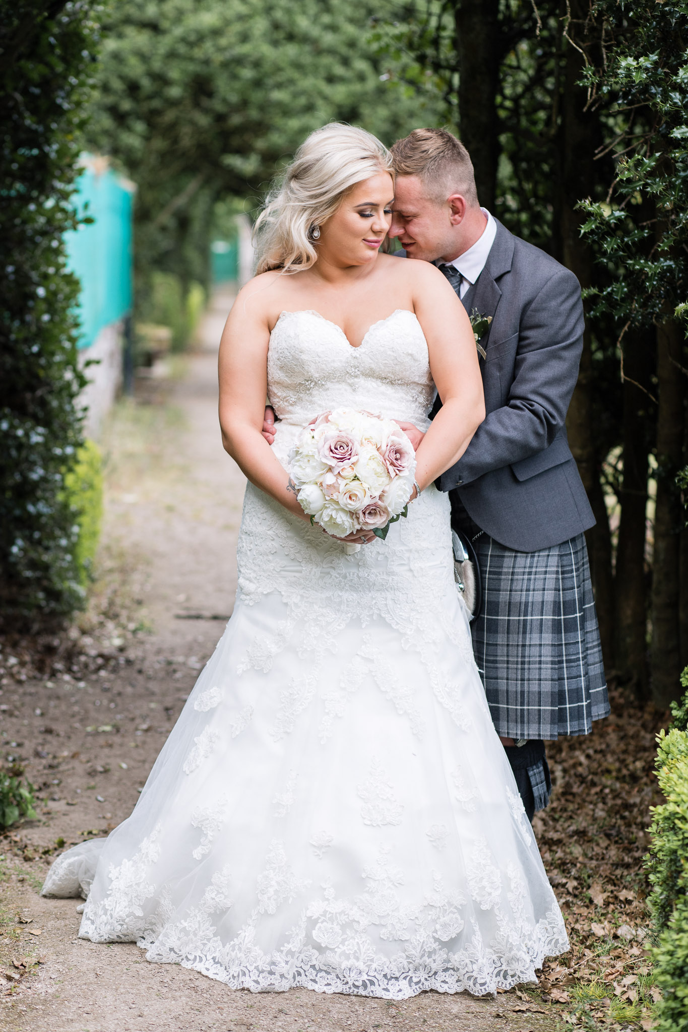 Bride and groom wedding portrait - Wedding photographer aberdeenshire, aberdeen, huntly, scotland - Debbie Dee Photography