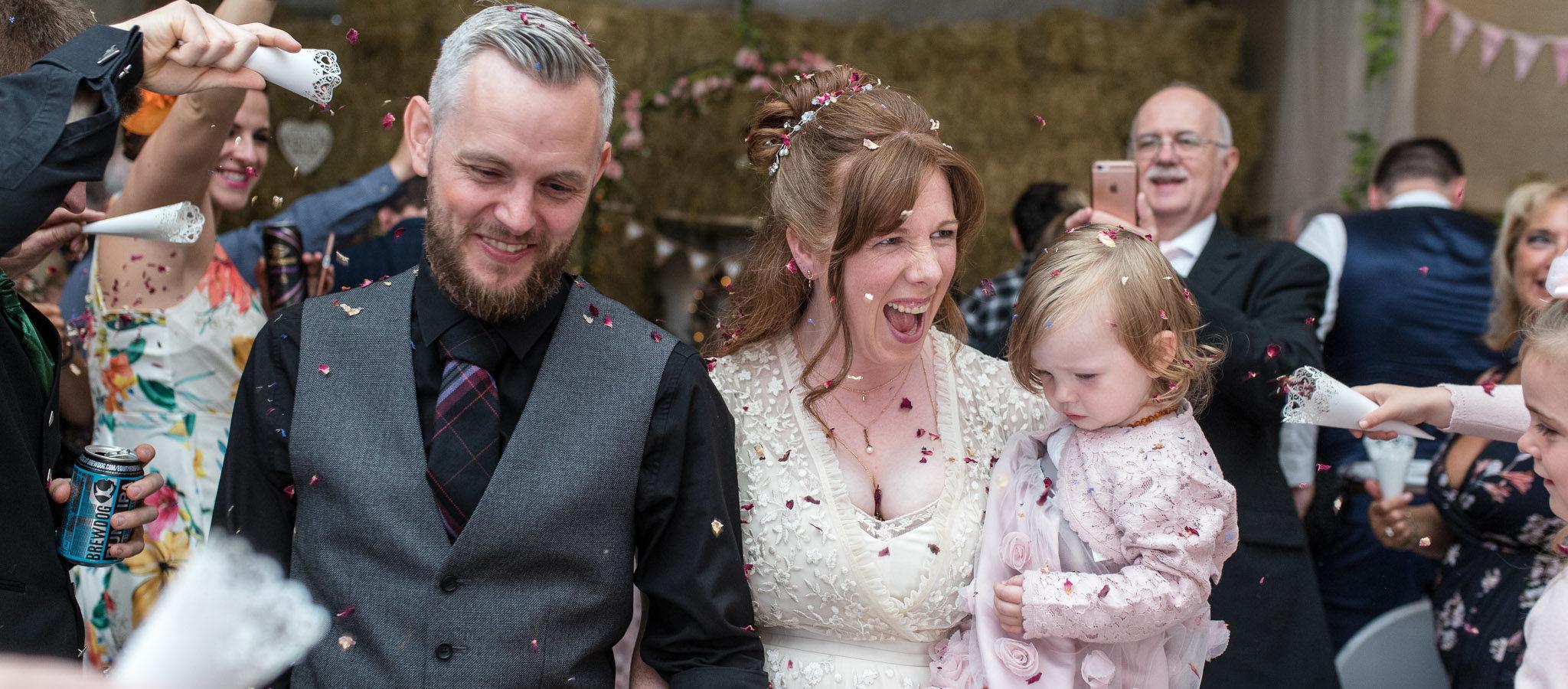 Confetti photo - aberdeen wedding photographer - debbie dee photography
