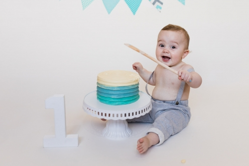 Cake Smash Aberdeen - first birthday cake