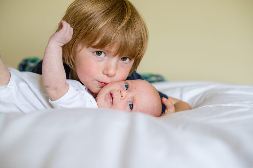 Sibling and new baby - newborn photography aberdeen - Debbie Dee Photography